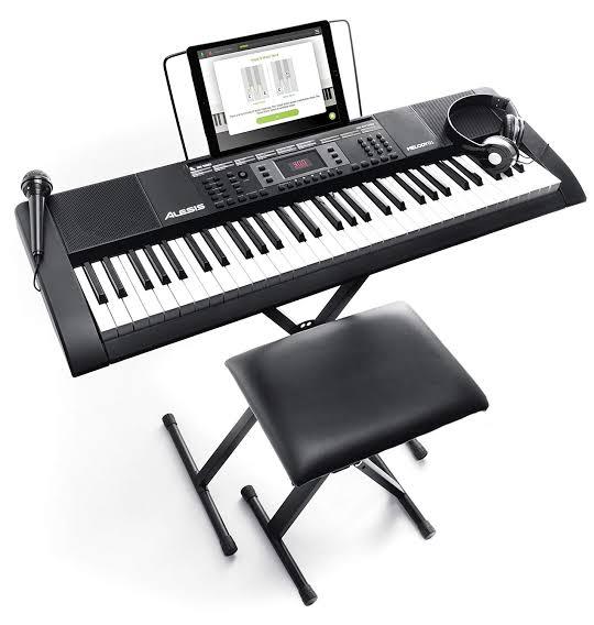 keyboard alat musik modern
