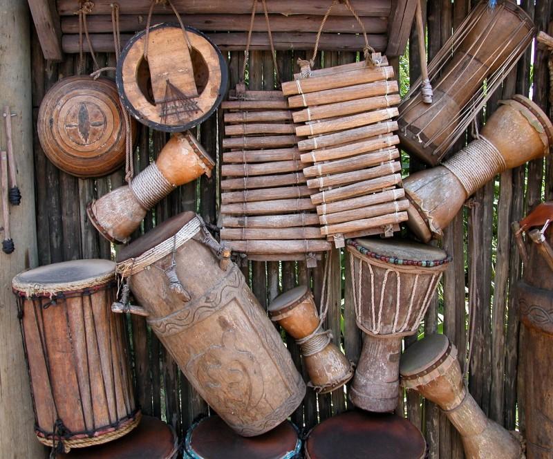 sejarah alat musik perkusi