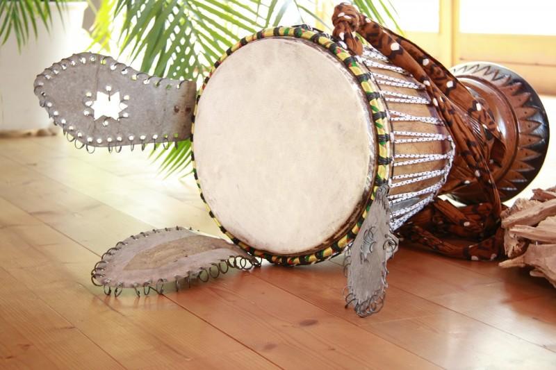 djembe musik perkusi