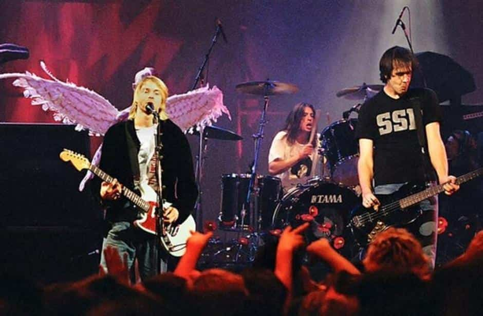 memahami pengertian musik rock sejarah kemunculannya