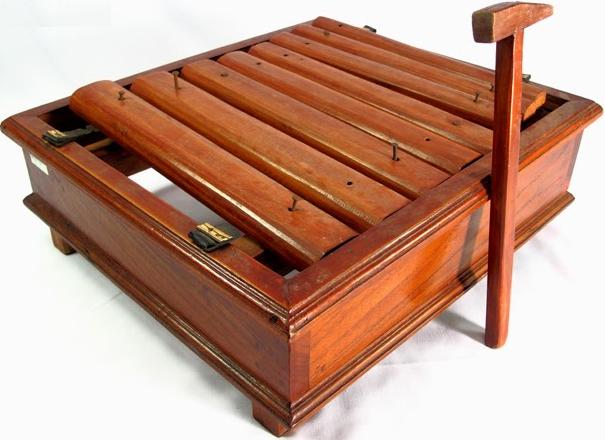 alat musik palompong