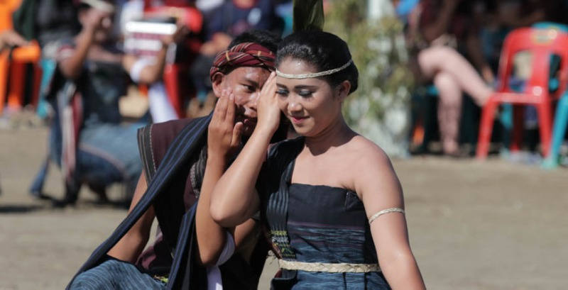 upacara adat sumatera utara