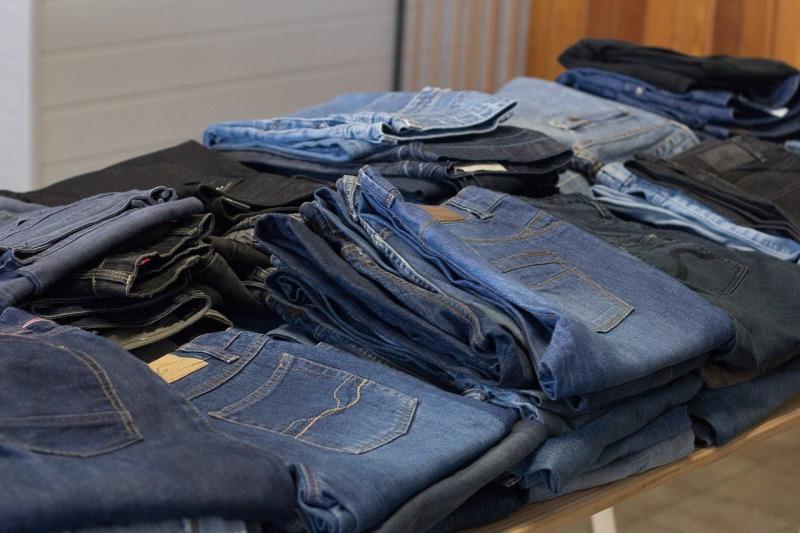 jeans bekas